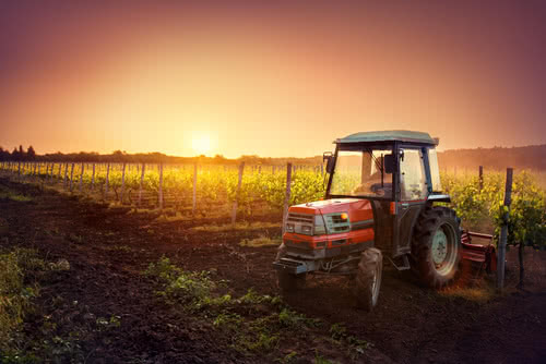 A new tractor, an example of how to use farm loans with bad credit